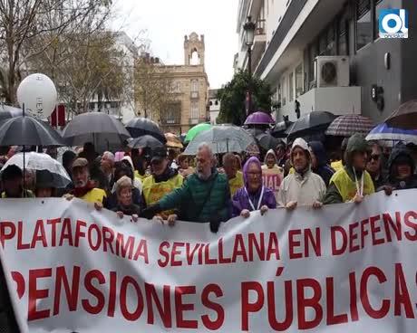 Miles de pensionistas se movilizan en Andalucía por pensiones dignas