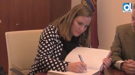 La directora de IAM se empapa de las políticas de Mujer en Chiclana