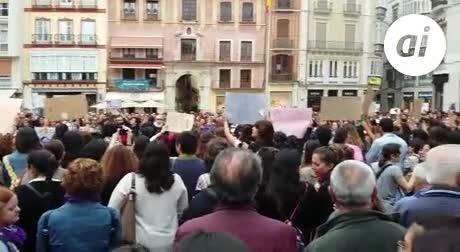 Málaga muestra su indignación por la sentencia de La Manada